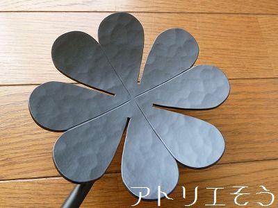 おしゃれで人気のロートアイアン風オリジナルアルミ製妻飾りJタイプの写真